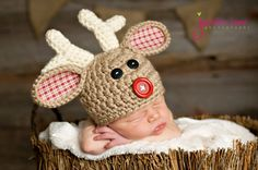 This is one of my all time favorite hats. I just love the colors and the fabric used. Perfect for holiday pictures, photo props, baby shower and