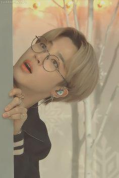 Jimin Selca, Bts Taehyung, Bts Bangtan Boy, Jhope Cute, Park Jimin Cute, Foto Bts, Jikook, Mini E, Kpop Gifs