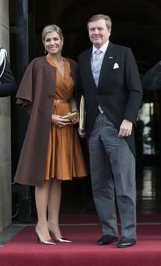 if you've grown a little tired of looking at Kate Middleton's style for royal fashion inspo, we have another royal you should definetely turn to for inspiration: Queen Máxima of the Netherlands.