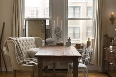 """A Chicago Apartment Where """"Old World and Modern Design Collide"""" — Professional Project"""