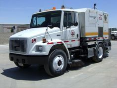 Used Street Sweepers, Parking Lot Sweepers, Schwarze, Tymco, Elgin, Mobil - Trucks - Commercial Vehicles
