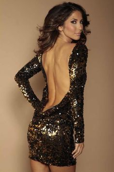 Sequined backless dress that I thought was beautiful ❤️