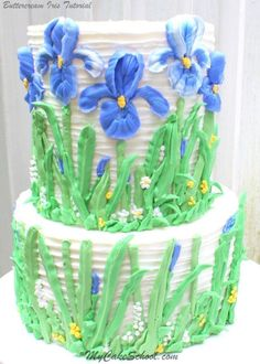 Learn to pipe beautiful buttercream irises in this cake decorating video tutorial! Learn to pipe beautiful buttercream irises in this cake decorating video tutorial! Cake Decorating Designs, Creative Cake Decorating, Cake Decorating Classes, Birthday Cake Decorating, Cake Decorating Techniques, Creative Cakes, Cookie Decorating, Decorating Tips, Cake Piping