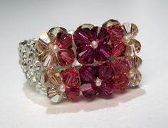 Perlenringe - Ring aus Perlen pink gefädelt - ein Designerstück von CharLen-Dorit bei DaWanda