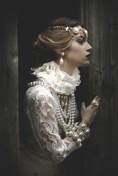Mode des bijoux baroques