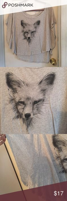 Flutter Sleeve Fox Tee Cute and flowy, grey tee with a fennec fox in the middle. Very light and comfortable with flutter sleeves. Great for summer! Hurley Tops Tees - Short Sleeve