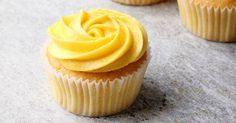 On Cakes, Cupcakes And Cookies – We've Got The Perfect Buttercream Frosting!!