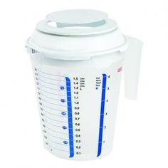 Odmerka s viečkom Curver - 1,5l: Odmerka spraktickým viečkom vďaka ktorému možno ľahko vložiť ručný mixér, protišmykovým dnom a niekoľkými druhmi stupníc. Materiál: plast Stupnica: litre, hrnčeky, múka a cukor Rozmery: 20× 15× 21cm Objem: 1,5l Farba:…