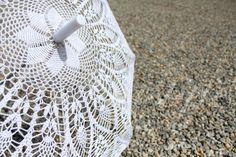 PINEAPPLES CROCHET . Umbrella crochet White, 100% cotton, Wedding Decorations .  Royal Wedding .Princess wedding Umbrella for the Princess