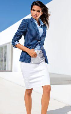 b7af9800f83d Les blazers femmes permettent de s habiller pour toutes les occasions.  Madeleine propose un vaste choix de modèles