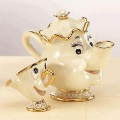 I love this crazy cup and tea pot ... not quite as much as I love my Lamb & Lambs though. Make sure you get your bestie some Lamb & Lambs for Xmas. Ciao! Leann xo   www.lambandlamb.com.au