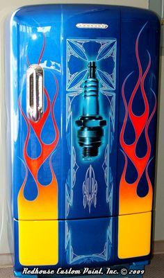 That's one badass fridge! Paint Refrigerator, Painted Fridge, Vintage Fridge, Vintage Refrigerator, Garage Art, Man Cave Garage, Rat Rods, Pinstripe Art, Ideas Hogar