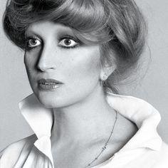 Mina Mazzini. Singer.