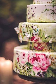 Bohemian Wedding ideas - These Boho Chic Weddings are gorgeous and the perfect inspiration to design the perfect wedding day. More at the36thavenue.com Bohemian Diy Weddings, Bohemian Cake, Bohemian Wedding Inspiration, Boho Diy, Chic Wedding, Wedding Trends, Perfect Wedding, Wedding Ideas, Wedding Designs