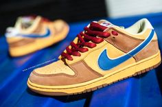 74968293955ba5 2008  Nike  Dunk  Low Premium  SB Newcastle