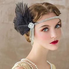 Peacock Headband Flapper Headbands Great Gatsby Inspired Crystal Headband Style 2 - Elastic Black Headbands Source by chiarabuckner gaspy dresses Great Gatsby Makeup, Great Gatsby Fashion, 1920s Makeup Gatsby, Roaring 20s Makeup, 1920 Makeup, Flapper Makeup, 1920s Flapper Costume, Gatsby Costume, Great Gatsby Clothing