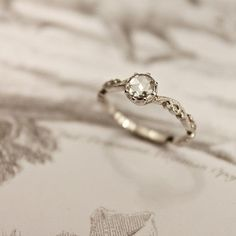 vintagestilettobrides: Swooning over this beautiful antique-style ring… See more ring inspiration at vsb!