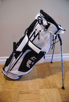 9079a2faf8 Spin it Golf Stand Carry Bag White Black NEW  SpinitGolf