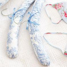 Gifts to make: padded hangers