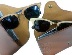 Os esperados Clubmaster Ray Ban em madeira já chegaram nas Óticas Wanny. Compre o seu online, sem sair de casa, e receba com frete grátis! #compreonline #oticaswann #rayban #clubmaster #madeira #fretegratis #euamowanny Sunglasses Store, Clubmaster Sunglasses, Luxury Sunglasses, Sunglasses Outlet, Sunglasses Online, Oakley Sunglasses, Street Style 2016, Model Street Style, Women's Summer Fashion
