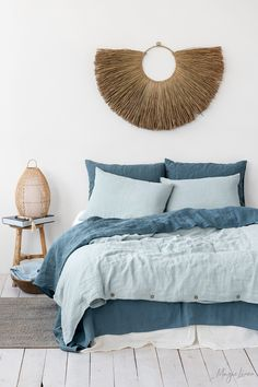 Linen Bedding Combo: Dusty Blue & Gray Blue - You can never go wrong with a touch of blue in the bedroom decor. It does not only add a sense of c - Blue Rooms, Blue Bedroom, Bedroom Decor, Blue Walls, Bedroom Ideas, Blue Bedding, Linen Bedding, Linen Fabric, Girl Bedding