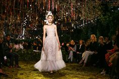 Christian Dior Spring 2017 Couture Atmosphere and Candid Photos - Vogue