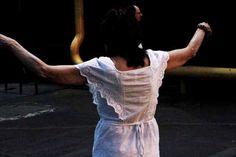 performance SENS danzare nel percorso