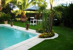 beautiful outdoor living spaces and garden design ideas