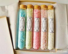 Sais de banho coloridos e artesanais                                                                                                                                                                                 Mais