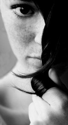 real beauty, beauty women, black white photos, black and white photography Real Beauty, Beauty Women, White Photography, Portrait Photography, People Photography, Creative Photography, Photography Ideas, Black White Photos, Black And White