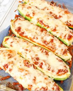 Our Stuffed Keto Zucchini Boats are quick, easy and delicious! We'll show you how to make Italian low carb flavor or pizza zucchini boats with one recipe! Beef Recipe Low Carb, Low Carb Recipes, Vegetarian Recipes, Snack Recipes, Brocolli Recipes, Veggie Snacks, Zucchini Boats, Ground Beef Recipes, Ketogenic Recipes