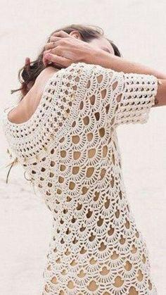 vestido beige calado