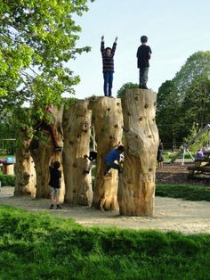 Dinton Pastures Nature Play Space, Wokingham, England by Davies White Landscape Architects. Visit the slowottawa.ca boards >> http://www.pinterest.com/slowottawa/: