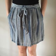 Club Monaco Lena silk tie-dye style skirt 100% silk with polyester lining. Elastic waist, pockets, and tie in the front. Listed size 2, fits between XS - S. Club Monaco Skirts