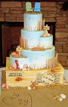 2014 sweet beach theme wedding cake, 2014 beach wedding seashells cake decor. I DONT THINK WEDDING I THINK RETIREMENT/MOVING TO FL.