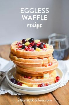 Eggless Waffle Recipe is so easy to make! (Paleo, gluten-free, dairy-free) Delicious crispy waffles that you can top with your favorite fruit and maple syrup! Will also work with an egg. Best Vegan Waffle Recipe, Eggless Waffle Recipe, Eggless Waffles, Paleo Waffles, Gluten Free Waffles, Pancakes And Waffles, Waffle Recipes, Oatmeal Pancakes, Paleo Bread