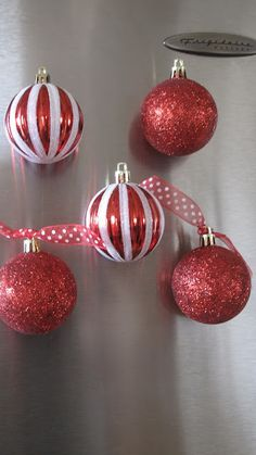 DIY - Christmas Ornament Refrigerator Magnets