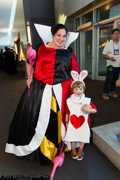 Queen of Hearts and White Rabbit #family #cosplay