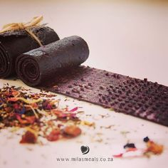As you know I am guest blogging for Carmien Kiddies and Carmien Tea this month. Here is my second blog with the theme 'Tea as Medicine' including a recipe for Blueberry & Flower Fruit Leather - an immune boosting constipation remedy disguised as a delicious and nutritious snack!  http://carmienkiddies.co.za/tea-medicine-part-2-catherine-barnhoorn/  @carmientea ‪#recipe ‪#glutenfree‬ ‪#sugarfree‬ ‪#dairyfree‬ ‪#constipationremedy‬ ‪#immunebooster‬ ‪#fruitleather‬ ‪#milasmeals‬…