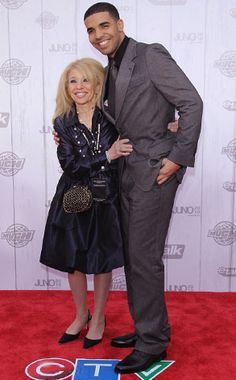 Drake and his momma <3