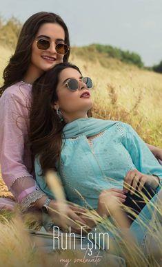 Party Wear Indian Dresses, Pakistani Bridal Dresses, Friend Poses Photography, Best Friend Poses, Chikankari Suits, Casual Suit, Bff Goals, Pakistani Actress, Girls Dp