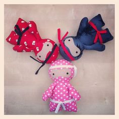 Would love to try making something like this...should be easy to alter a pattern from a free doll tutorial.  So cute!