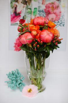 Lovely Little Details (Jacin Fitzgerald) floral arrangements. image by @Jessica Burke
