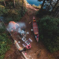 RV And Camping. Ideas To Help You Plan A Camping Adventure To Remember. Camping can be amazing. You can learn a lot about yourself when you camp, and it allows you to appreciate nature more. There are cheerful camp fires and hi Camping Survival, Camping And Hiking, Camping Life, Backpacking, Camping Hair, Outdoor Life, Outdoor Camping, Wanderlust, Canoe And Kayak