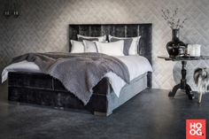 Design slaapkamer met luxe bed   Osiris Collectie - Nilson Beds - Ontwerp: Osiris Hertman   slaapkamer design   bedroom ideas   master bedroom   Hoog.design
