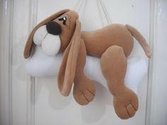RutinhArteira: Guirlandas Fondant Animals, Clay Animals, Jumping Clay, Clay Cats, Dog Crafts, Textiles, Fabric Crafts, Pet Dogs, Polymer Clay