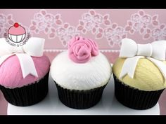 Vintage Lace Cupcakes - Make Textured Lace Cupcakes - Learn how to make these using our FREE online video tutorials. Visit YouTube channel MyCupcakeAddiction for these and lots more cupcake and cakepop decorating tutorials!