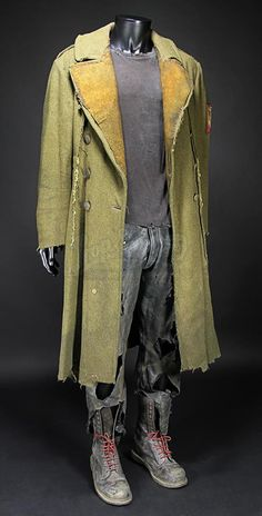 445 - Live Auction 2015 - Marcus Wrights (Sam Worthington) Costume | Prop Store - Ultimate Movie Collectables