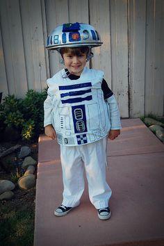 homemade R2D2 Halloween Costume #Halloween #R2D2  For my Nathan