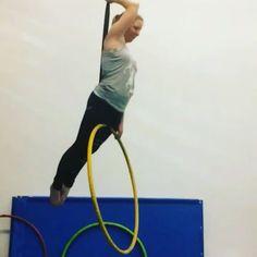 Lyra Aerial, Aerial Acrobatics, Aerial Dance, Aerial Hoop, Aerial Arts, Aerial Silks, Pole Dance Moves, Pole Dancing Fitness, Pole Fitness